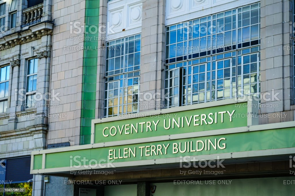Top de signo Coventry University Ellen Terry edificio de entrar - foto de stock