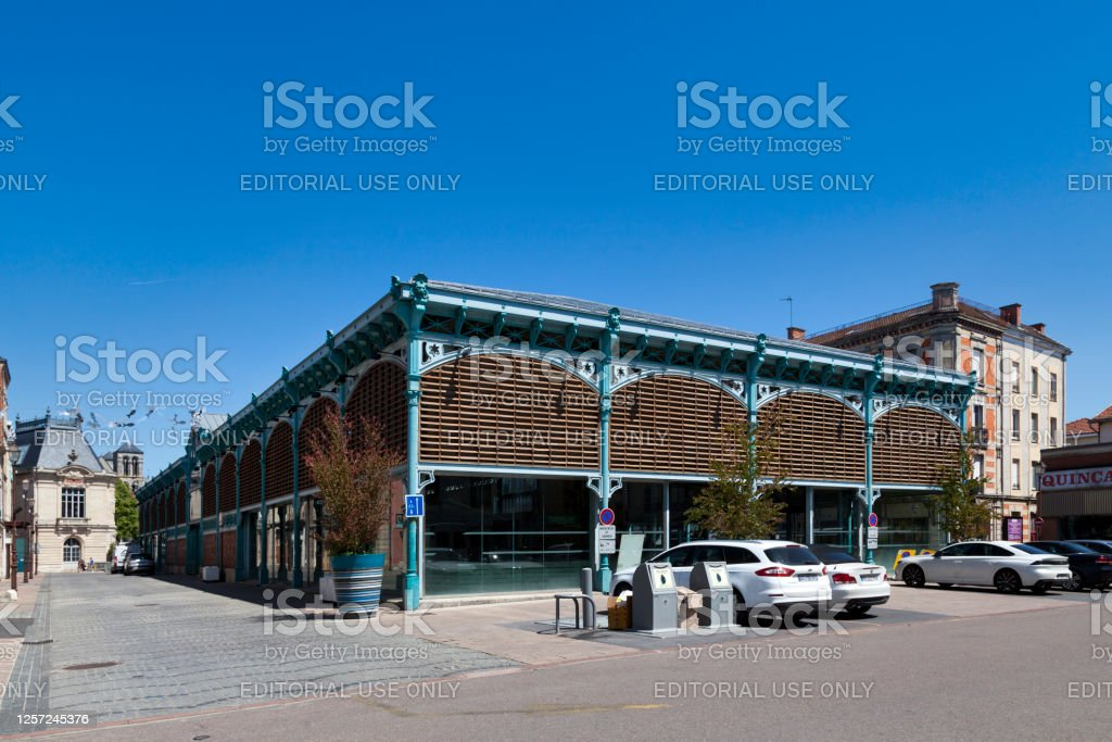 Covered market in Châlons-en-Champagne Châlons-en-Champagne, France - June 25 2020: The Covered market is located in the city center. Architecture Stock Photo