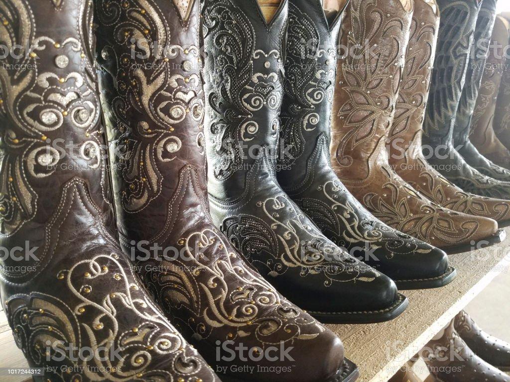 Botas Camperas Para La Venta En La Tienda De Texas Foto De
