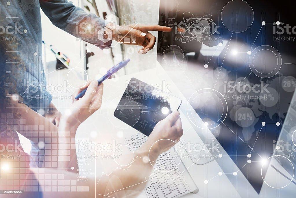 Coworkers Team Working Office Studio Startup.Businessman Using Modern Tablet Lizenzfreies stock-foto