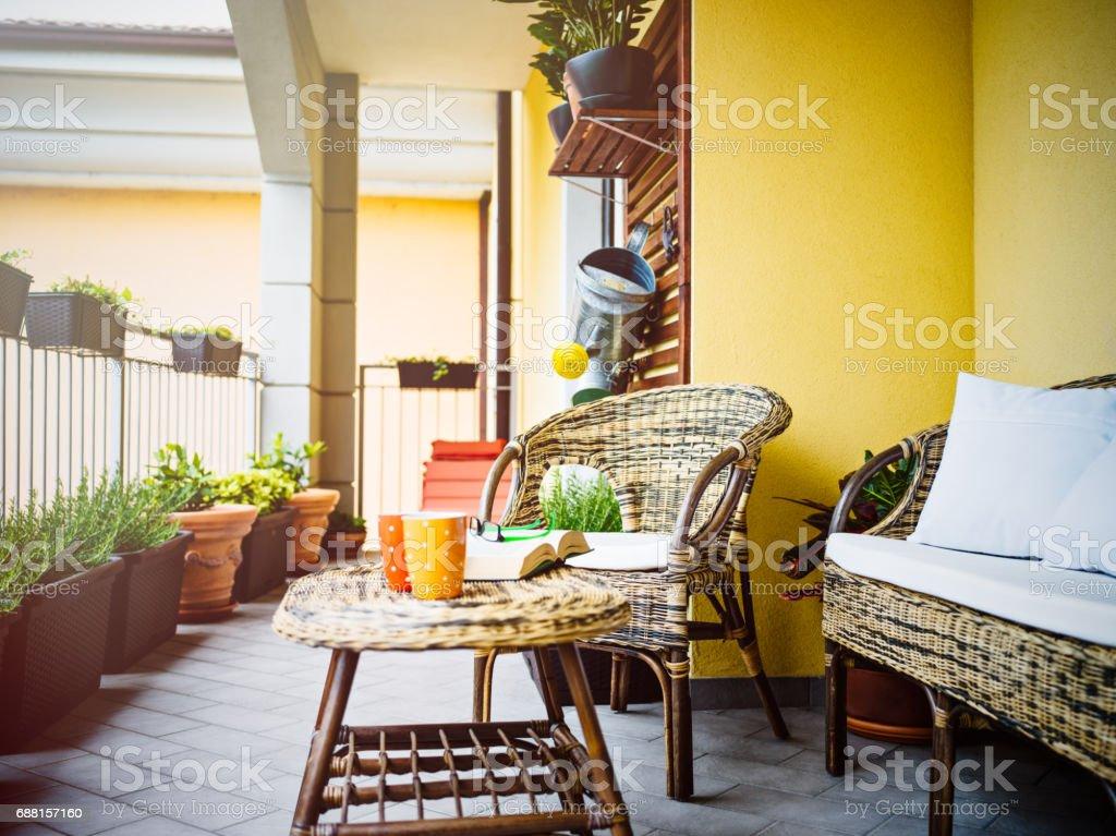 Hogar acogedor ' balcón - foto de stock