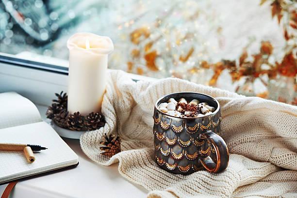 cozy still life - herbst kerzen stock-fotos und bilder
