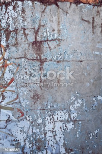 700531402 istock photo Cracked Grunge Wall Texture 179165382