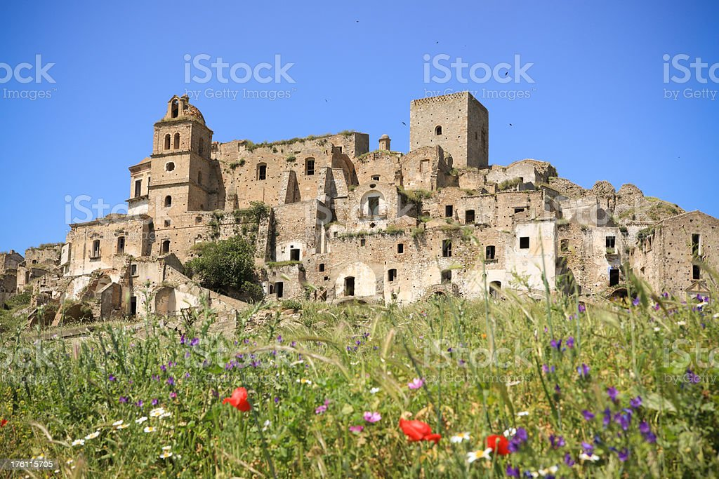 Craco-Villaggio abbandonato a Basilicata - foto stock