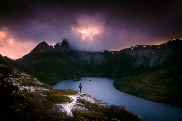 cradle mountain national park - tasmania stock pictures, royalty-free photos & images