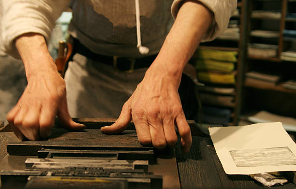 handwerker - bastelshop stock-fotos und bilder