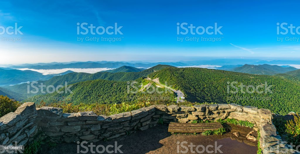 Craggy Gardens Pinnacle And Blue Ridge Parkway Near