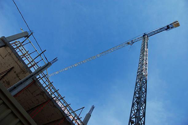 Crane und-Gebäude – Foto
