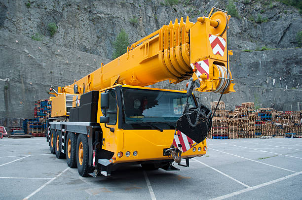 Crane Mobile Crane mobile crane stock pictures, royalty-free photos & images
