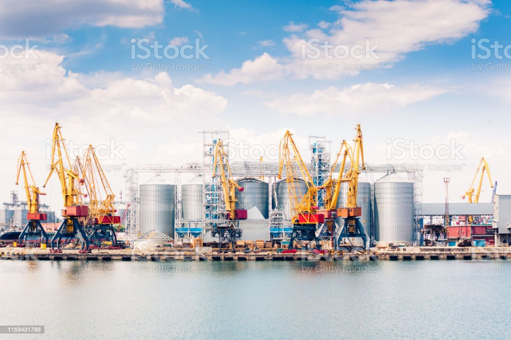 Cranes and other special equipment in sea port, international...