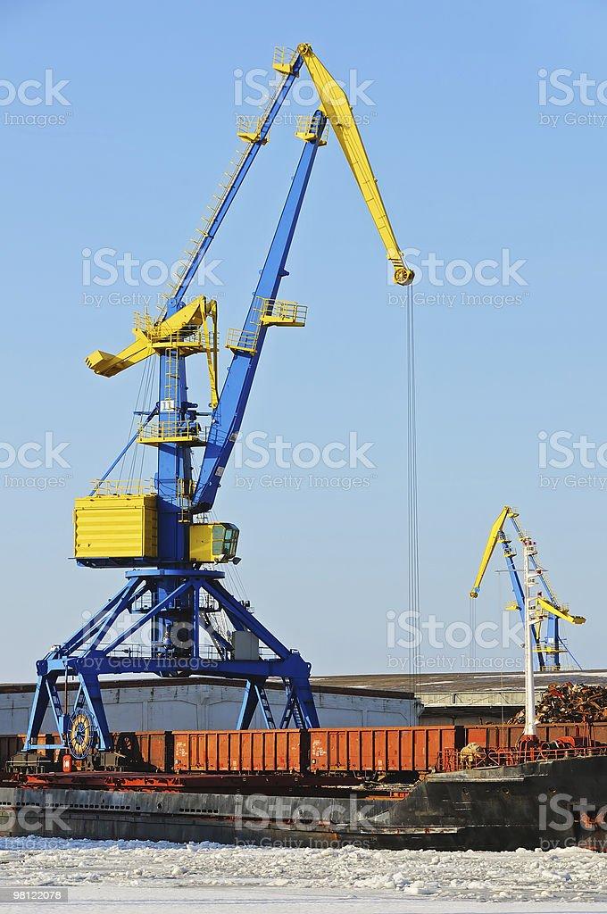 Gru nel porto foto stock royalty-free