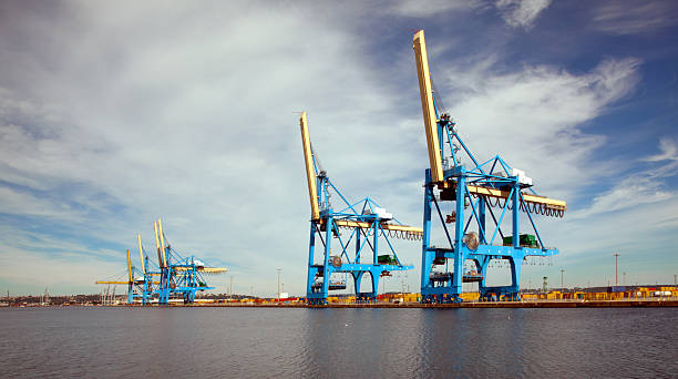 """Cranes """"Harbor Le havre, France"""" le havre stock pictures, royalty-free photos & images"""
