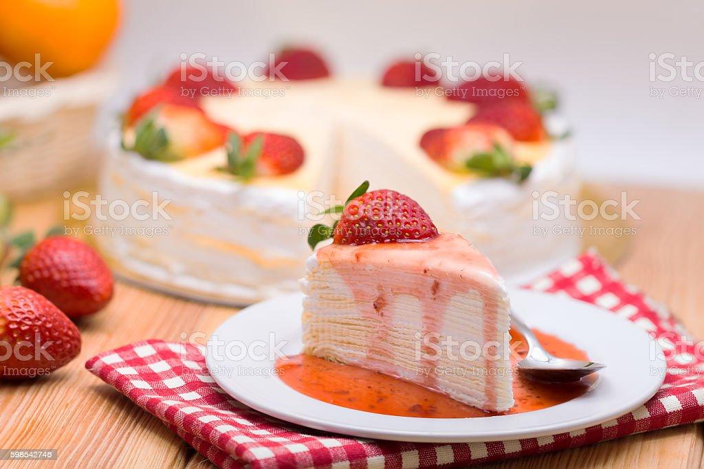 crape cake and freshness strawberry photo libre de droits