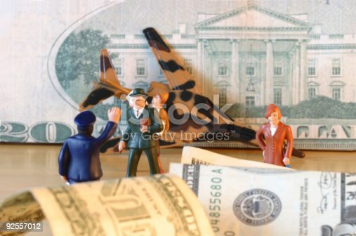 istock Crash, dollars, finance, confusion & loss photo illustration til 92557012