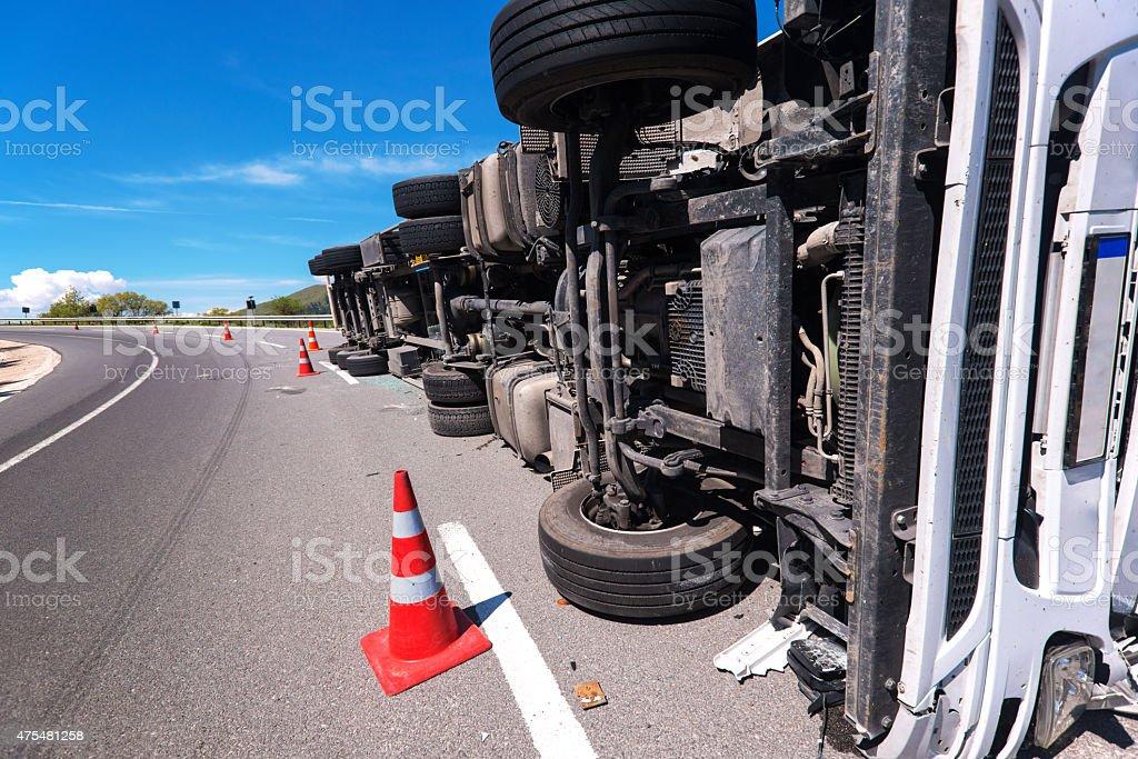 Caído camión - foto de stock
