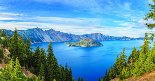 crater lake national park, oregon, usa - caldera bildbanksfoton och bilder
