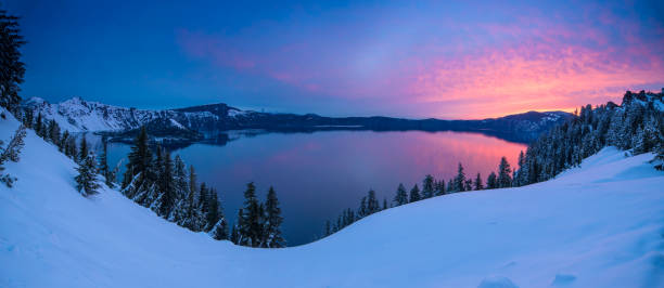 crater lake, oregon - memorial day weekend stock pictures, royalty-free photos & images