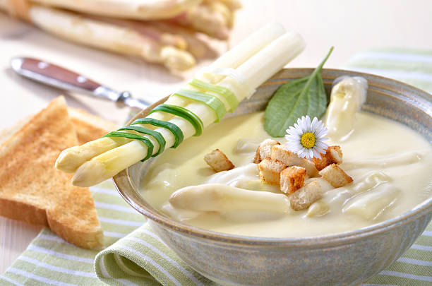 Spargelcremesuppe – Foto