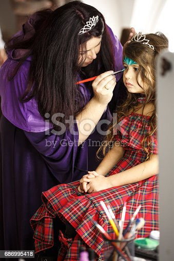 istock Creating a masterpiece 686995418