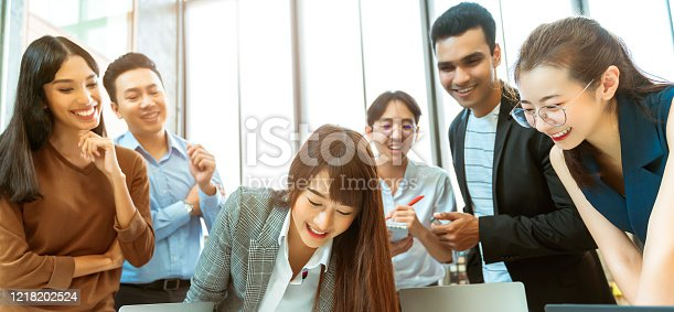 1133505958 istock photo creative agency business brain storm meeting presentation Team discussing roadmap to product launch, powerpoint presentation, planning, strategy, new business development 1218202524
