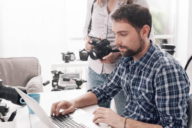 die kreativagentur - postproduktion stock-fotos und bilder