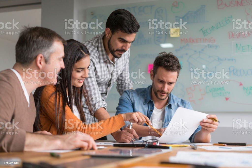 Création groupe de personnes à une réunion d'affaires - Photo