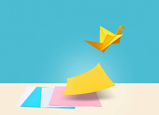 créatives idée - origami photos et images de collection