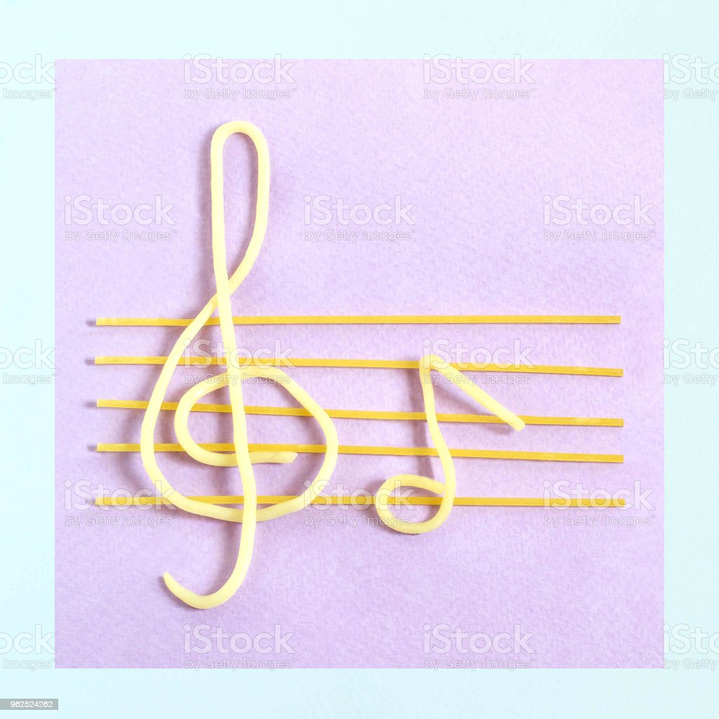 Creative idea: spaghetti as musical staff - Royalty-free Art Stock Photo