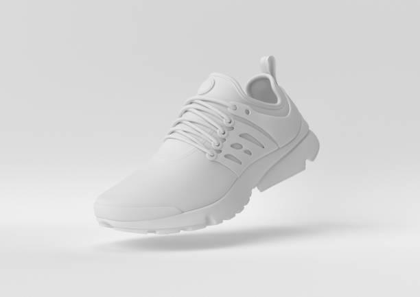 kreatywny minimalistyczny pomysł na papier. koncept białe buty z białym tłem. renderowanie 3d, ilustracja 3d. - but sportowy zdjęcia i obrazy z banku zdjęć