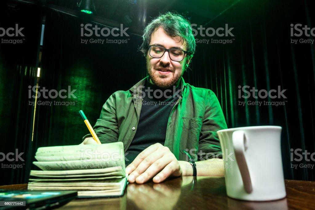 Kreativer Mensch, Schriftsteller, Übersetzer – Foto