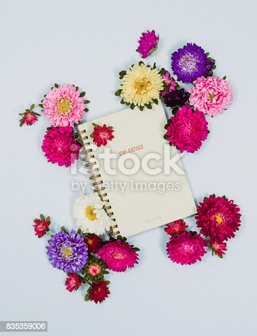Creative personal organizer flower arrangement stationary