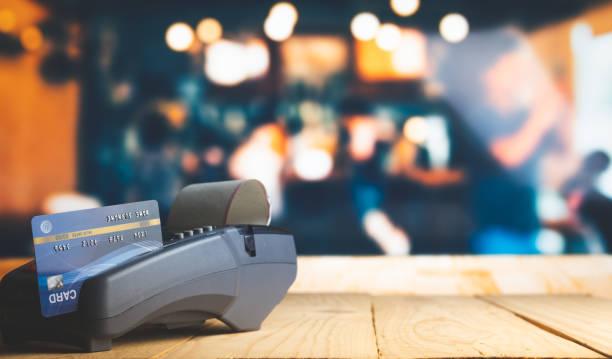 Kreditkarten-Zahlung, Kauf und Verkauf von Produkten & Service – Foto