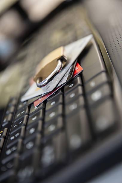 クレジットカードセキュリティ - id盗難 ストックフォトと画像