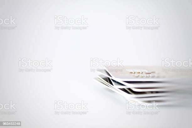 Karty Kredytowe Z Bliska Strzał Z Miękkiej Ostrości W Tle - zdjęcia stockowe i więcej obrazów Bankowość