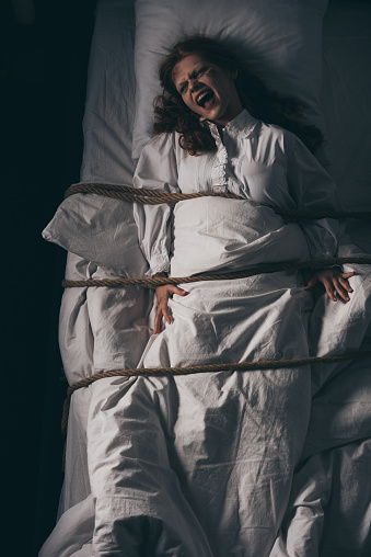 Tied bed
