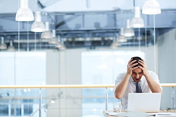 krise in business - error stock-fotos und bilder