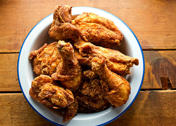 Crispy Fried Chicken Classic American Crispy Fried Chicken fried chicken stock pictures, royalty-free photos & images
