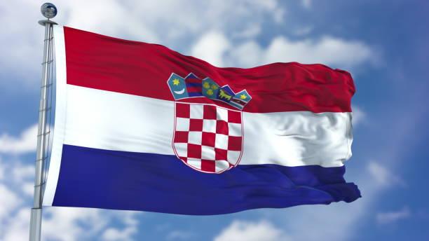 Bandeira da Croácia em um céu azul - foto de acervo