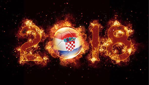 Bola de futebol de Croácia voando com chamas e fogo ano 2018 - foto de acervo