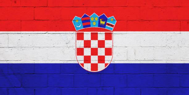 Bandera croata pintado en una pared - foto de stock