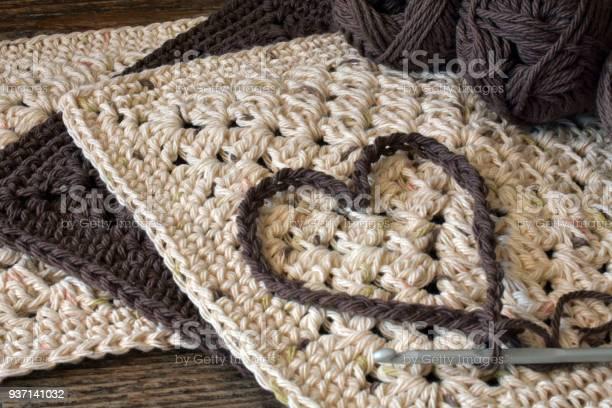 Crochet heart symbol picture id937141032?b=1&k=6&m=937141032&s=612x612&h=1qmtxrldbcik0dhiu1o1b9j8v0gsex0rtjkkp1vjyme=