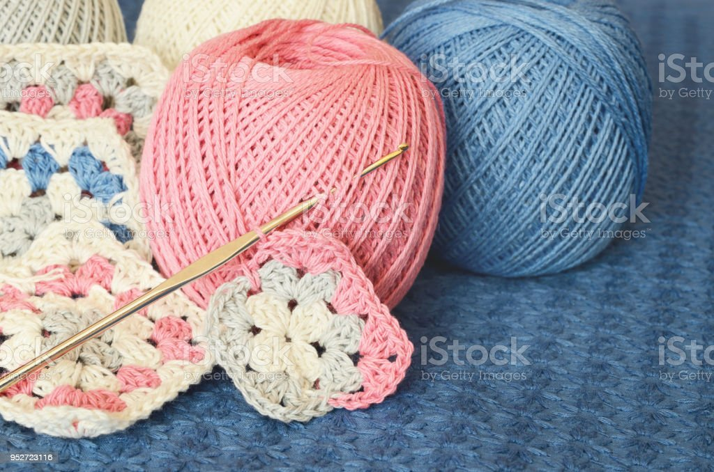 Crochet Motives Hook And Cotton Yarn Stock Photo - Download