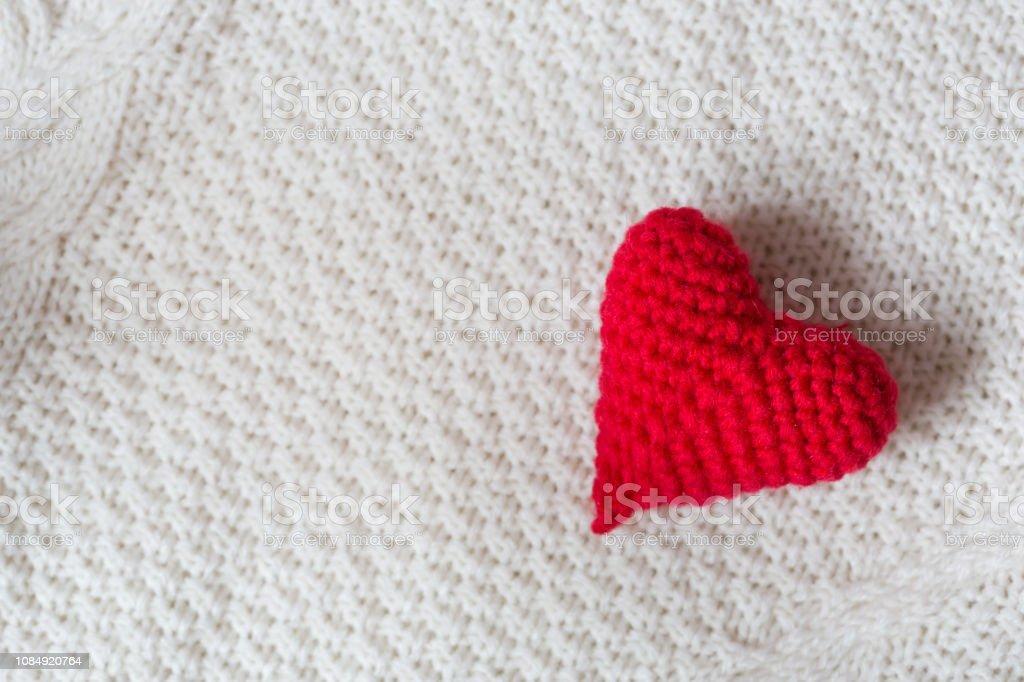 Heart Amigurumi - Free Crochet Pattern - StringyDingDing   682x1024
