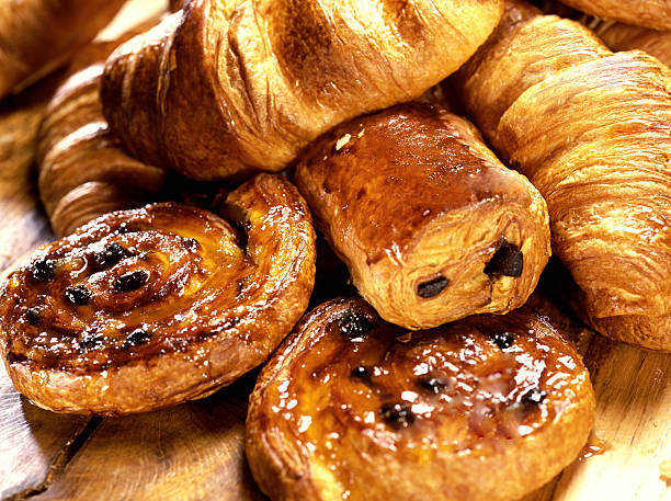 croissants and Danish  sweet bun stock pictures, royalty-free photos & images