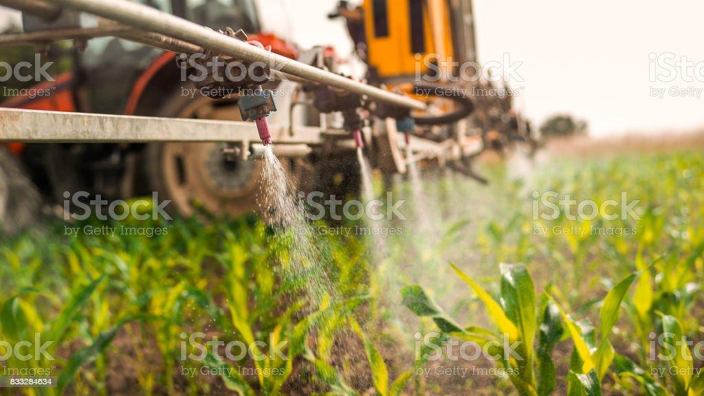 Pulverizador agrícola - foto de acervo