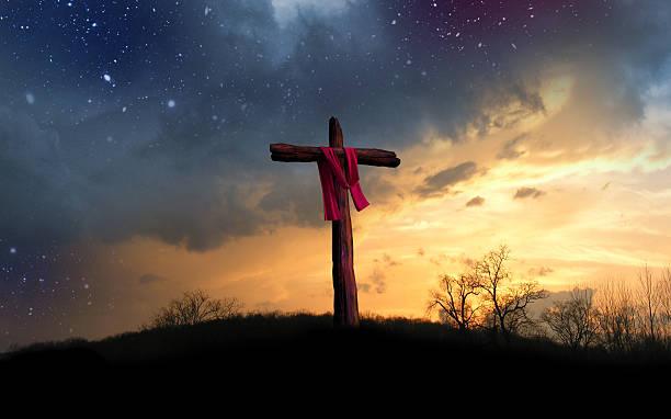 cross et la «nuit étoilée - jesus croix photos et images de collection