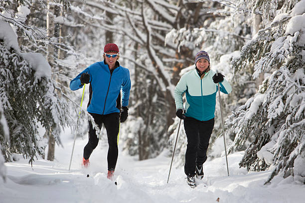 Cross country skiing couple picture id487780006?b=1&k=6&m=487780006&s=612x612&w=0&h=6dvv edwcyotpddnj2b7fncynkslrctmk8p wvakcly=