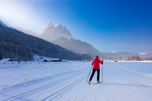 Cross Country Skiing towards Mount Zugspitze