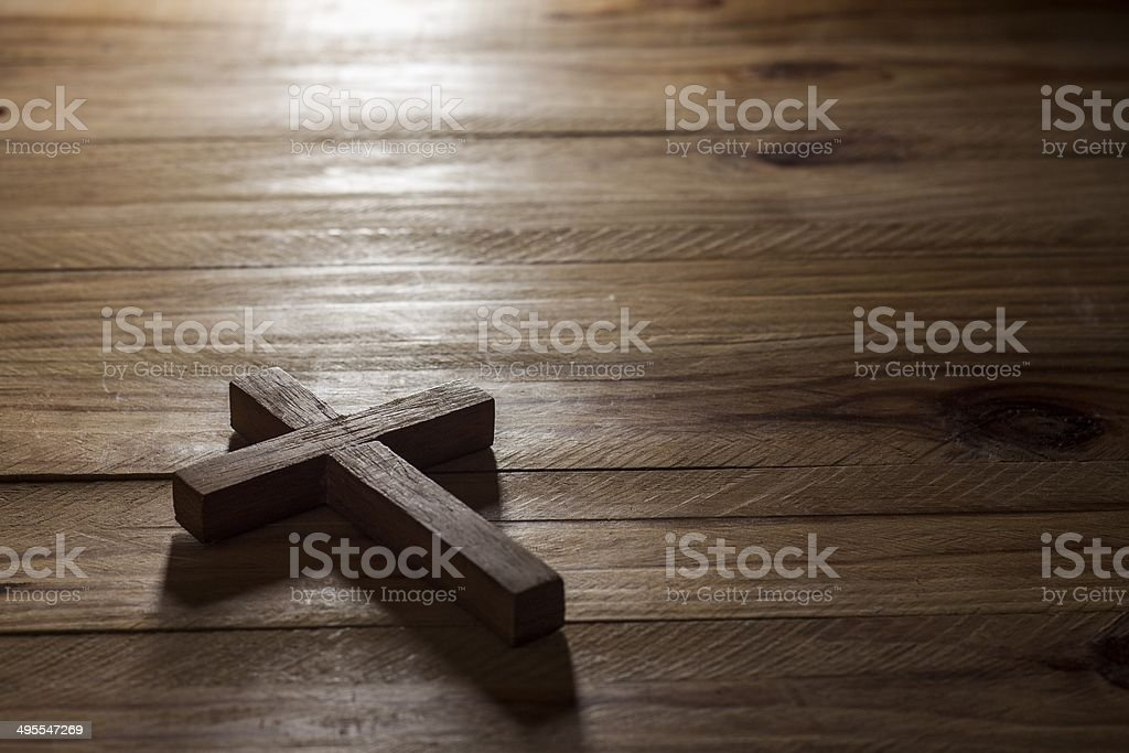 Cross-over wood table – Foto