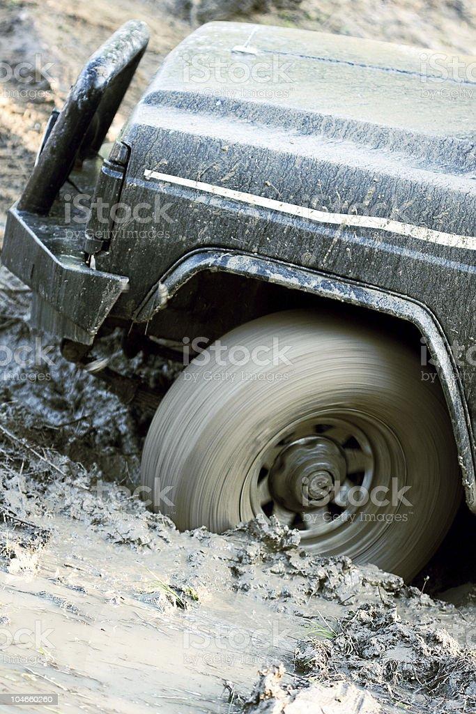 cross-country-Fahrzeug dich auf den Schlamm – Foto